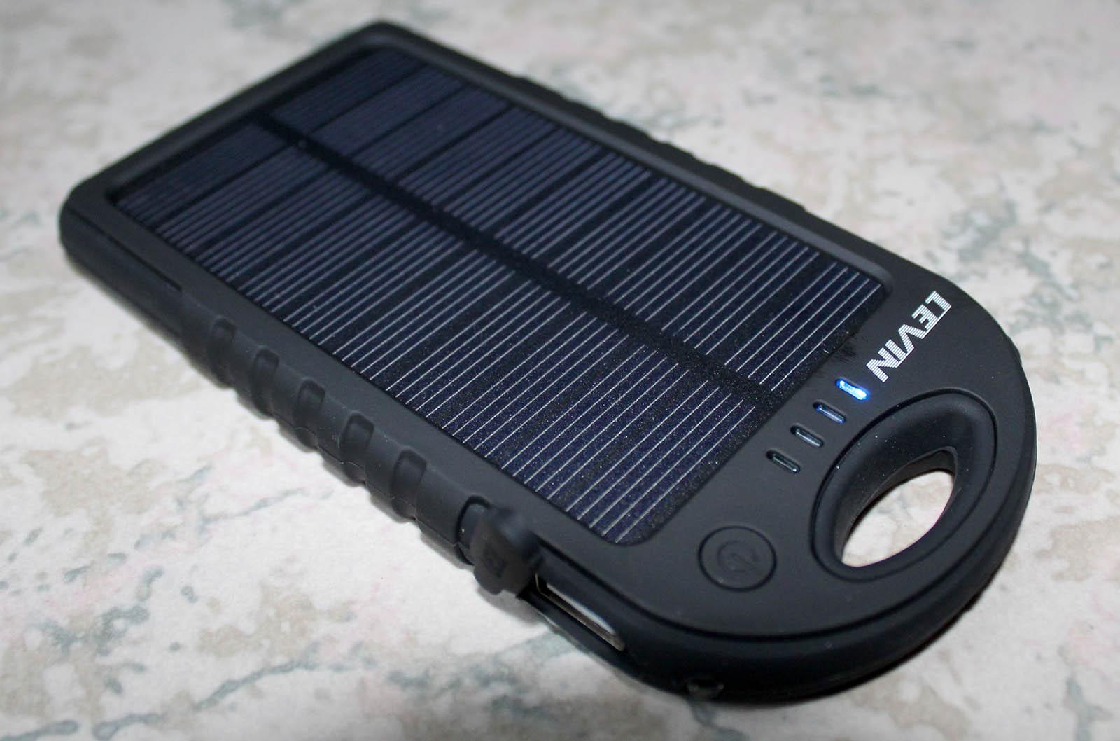 Power Bank Levin con pannello solare da 5000mAh